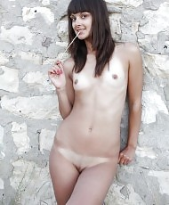 Elena R
