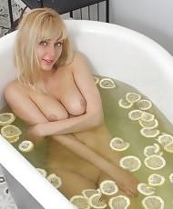 Blonde and lemons