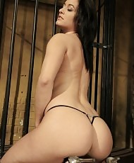 Bondage with hot dykes