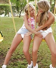 Young Nude Lesbians